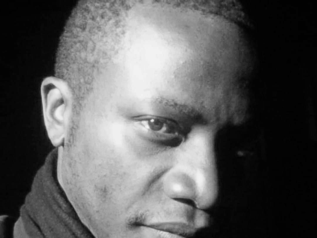 De Butembo à Kinshasa : VOLONTE MAPSON exprime son talent et veut remporter la Finale du Concours Slam et poésie sur les Droits de L'homme.