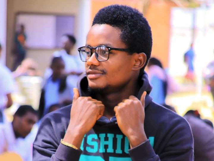 Lubumbashi : Issa Boy Tshikudi chante pour la vraie valeur féminine dans le titre « Reste avec moi »