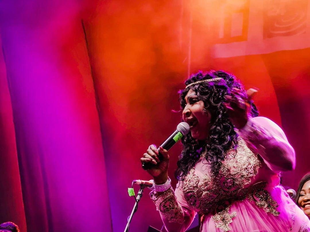 Mbilia Bel toujours aussi performante sur scène, le Festival Amani a démarré avec beaucoup dénergie