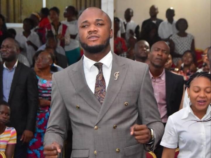Le frère Michel bakenda quitte  la scène musicale