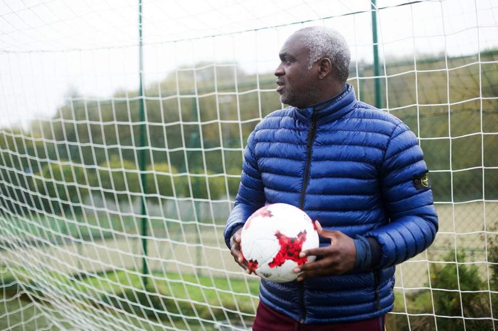 Après un bref silence médiatique, le sélectionneur de l'équipe nationale Congolaise s'exprime sur plusieurs sujets.