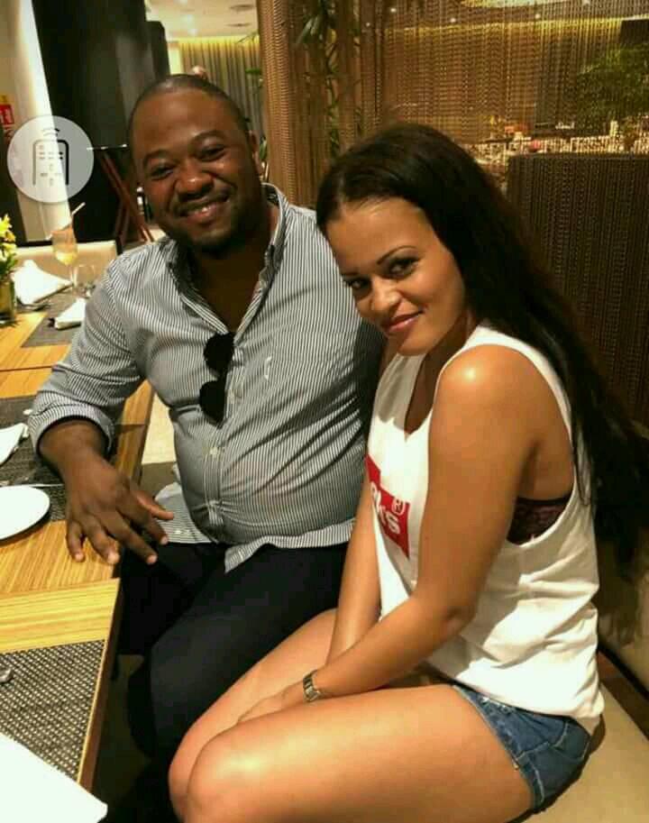 Image Buzz : Moise MBIYE - Genevieve Misengabu